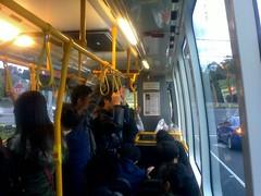 拥挤的公共汽车903