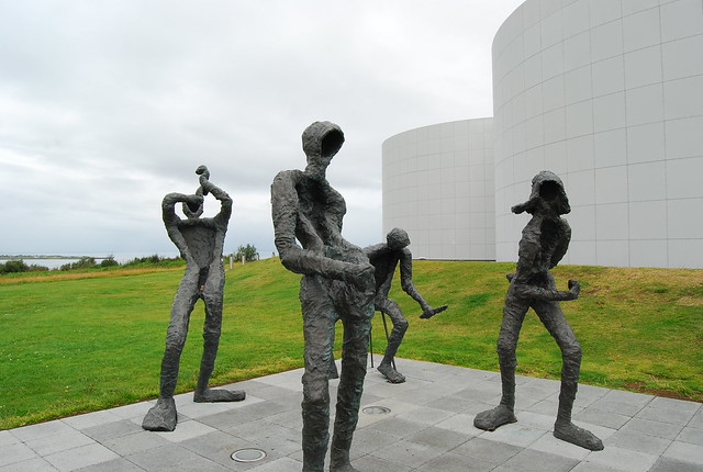 Dansleikur/Dance de Þorbjörg Guðrún Pálsdóttir