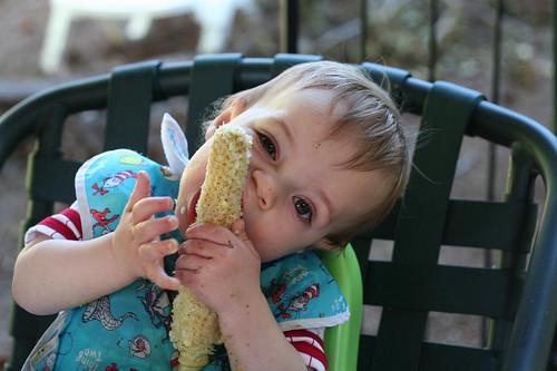ben eats corn.