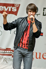 James Maslow (Catherine Powell | catherinepowellphotography.net) Tags: nyc macys backtoschool heraldsquare august15 81510 jamesmaslow bigtimerush