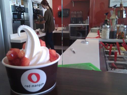 Red Mango Frozen Yogurt-Key Lime and Strawberries