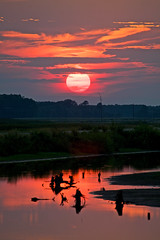 End of a summer day (Rozanne Hakala) Tags: cambridge sunset usa sun nature water ecology clouds reflections landscape outdoors md dusk wildlife scenic maryland easternshore explore swamps wetlands marsh waterfowl blackwater tidal sanctuary marshland ecological refuge ecosystem marshes nwr blackwaterriver brackish blackwaternationalwildliferefuge bnwr evergladesofthenorth littleblackwaterriver earthnaturelife usfishandwildlifeservices