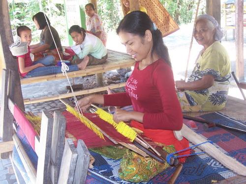 Lombok Sukarara Weaving