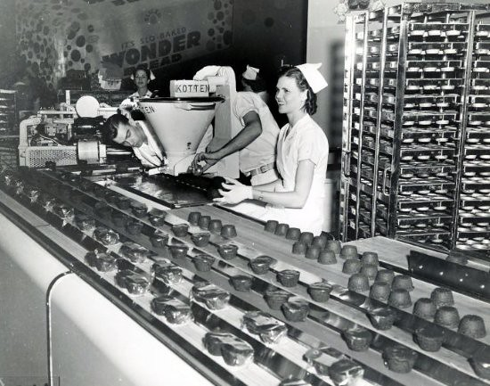 1939 - Bakers Exhibit - Demonstrating Mass Production of Muffins