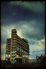 """And be a ghost in the sky"" (Superlekker) Tags: park uk england car concrete demolition gateshead 1960s beton brutalist brut getcarter trinitysquare tyneandwear owenluder tomakeroomforbiggertesco"