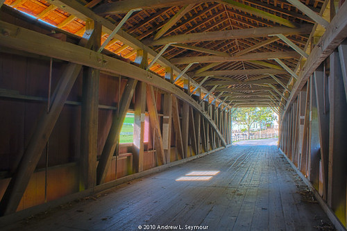 Jackson Sawmill Covered Bridge (Interior) hdr 05