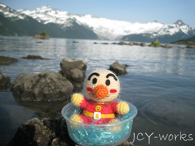 Anpanman at Garibaldi Lake!