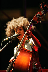 "Esperanza Spalding @ Locus 2010 • <a style=""font-size:0.8em;"" href=""http://www.flickr.com/photos/79756643@N00/4971471676/"" target=""_blank"">View on Flickr</a>"