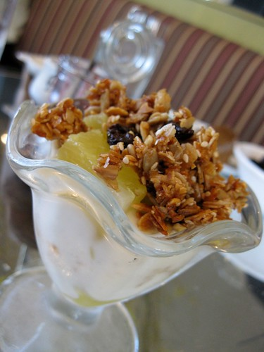 Pineapple Yogurt Parfait