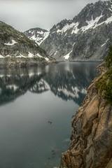 Barrage du Cap de Long HDR (SebastienToulouse) Tags: animal montagne eau lac route seb falaise barrage hdr mouton sandrine pyrenees saintlarysoulan capdelong