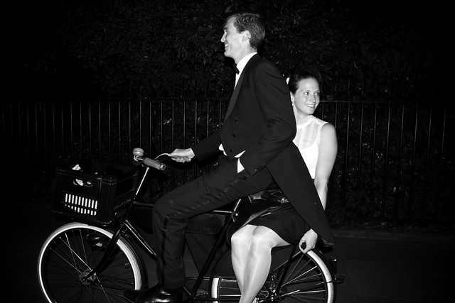 Dublin Cycle Chic - Dutch Couple Night Ride2