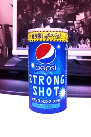 """PEPSI STRONG SHOT""コーラ飴のようなお味。特に何とも・・・"