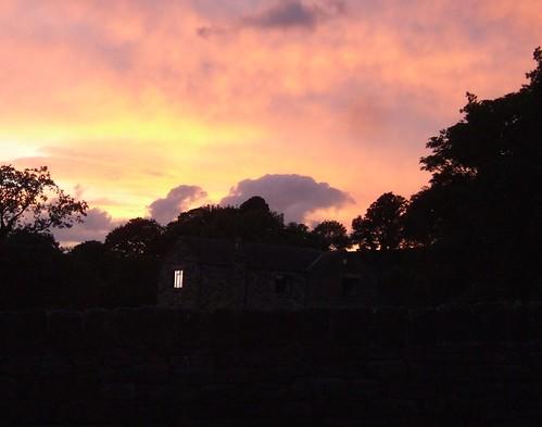 sunset england sheffield robinhood outlaws southyorkshire loxleychase rodneyhill sunsetoverloxleychasesheffieldengland legendofrobinhood birthplaceofrobinhood robinhoodscottage
