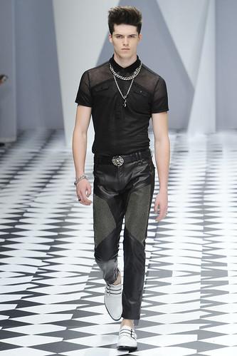SS11_Milan_Versace0031_Arthur Daniyarov(VOGUEcom)