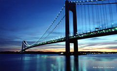 Verrazano bridge (Rafakoy) Tags: camera city longexposure bridge light sunset sky cloud ny newyork reflection film water clouds 35mm reflections river 50mm lights photo nikon kodak slide f100 nikonf100 professional hudson 100 positive canonae1program verrazano ektar c41 realphotography kodakektar100 kodakprofessionalektar100 epsonv600 epsonperfectionv600photo epsonperfectionv600 nikkonaf2880mmf3356g afnikkor2880mmf3335g aldorafaelaltamirano rafaelaltamirano aldoraltamirano
