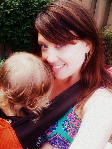 Babywearing + breastfeeding