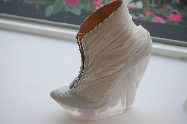 Helen Furber sustainable luxury design shoes 03
