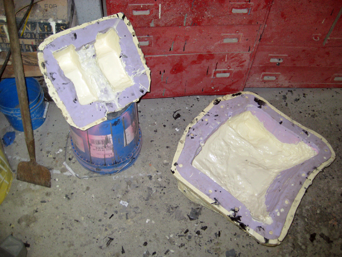 Back Parts Throw-Away Casting