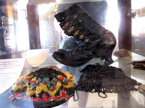 Katrina-damaged accessories
