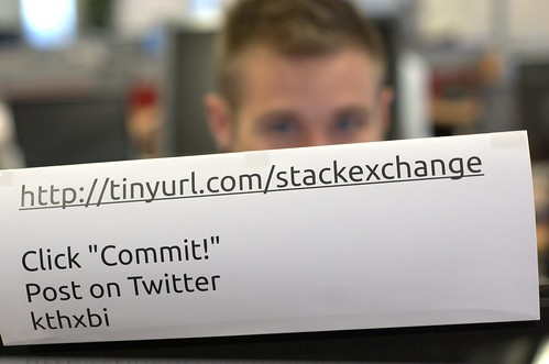 Evan promotes his pet project to get more people using stackexchange for Ubuntu support questions and answers!