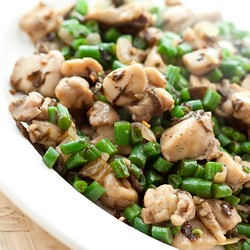 Chicken Stir-Fry with Green Beans & Olive Vegetable