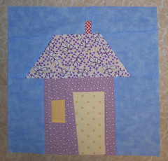 Wonky House Trial for SBWbee #4...This is it. (Kellie C.) Tags: sewing quilting wonky quiltblock wonkyhouse sewbeewonky