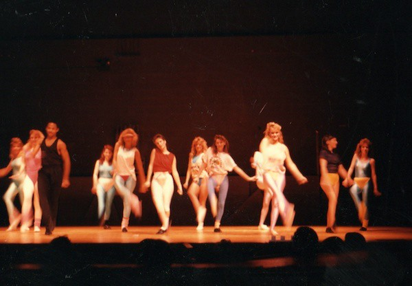 1987_dance_performance