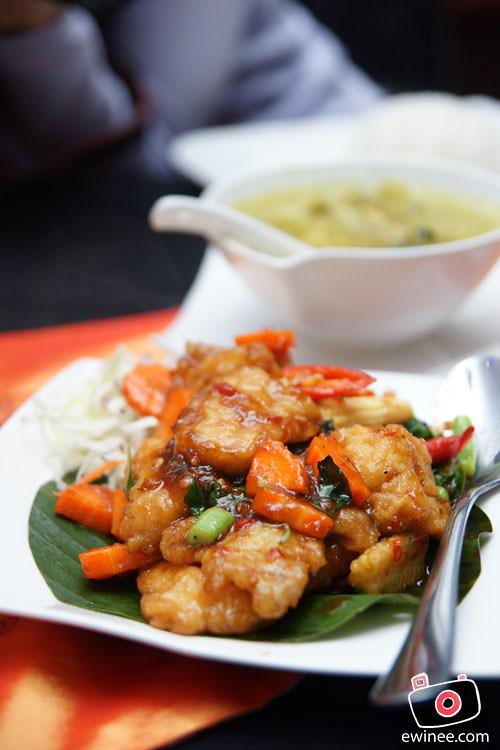 THAI-FOOD-PJ-FUNKY-VILLA-E@CURVE-fish-fillet