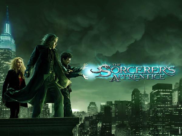 02_Sorcerers_apprentice_standee_fin4_simp_1600x1200