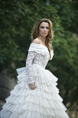 Makny Mrta Bride wear (ivangorcsev) Tags: street wedding fashion bride outdoor mo mm divat eskv mrta menyasszony makny