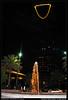 Kingdom Tower - برج المملكة (Safwan Babtain - صفوان بابطين) Tags: tower lens nikon with kingdom 1855mm nikkor صور برج safwan d60 صورة صوره ابراج السعودية المملكة السعوديه صوور babtain صفوان بابطين