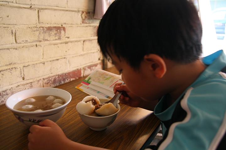 新港碗粿財004