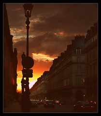 877 Paris (Nebojsa Mladjenovic) Tags: light sunset red sky urban sun sunlight paris france silhouette digital french outdoors lumix frankreich sundown panasonic frankrijk francia francais fz50 svetlost mladjenovic mygearandmepremium mygearandmebronze mygearandmesilver mygearandmegold