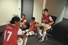 The boys wait to film their SKY intro (mikekingphoto) Tags: song vela 2010 photocall fabregas nasri