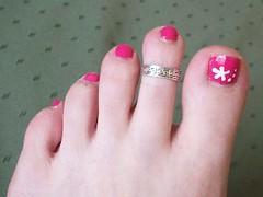 Pinky Preggie Toes!