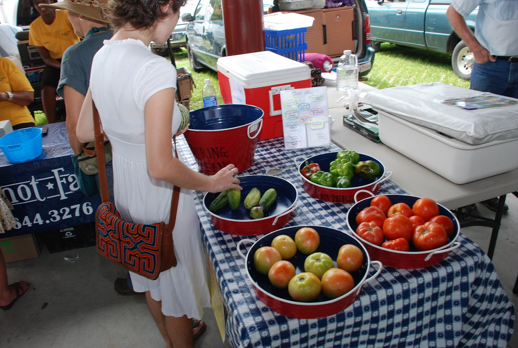 tomatoes at the Carrboro market (Knot Farm)