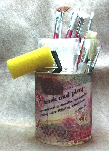 Tomato can to paint brush holder - tutorial