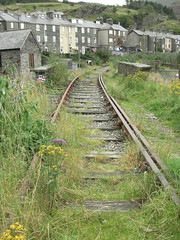 35 (benbobjr) Tags: uk wales train unitedkingdom traintracks tracks line disused snowdonia gwynedd northwales disusedrailway blaenauffestiniog trawsfynydd balaandfestiniograilway