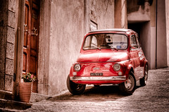 Red Car (HDR) (Stuart L. Crawford) Tags: street door red italy car digital canon rebel florence fiat 100mm 200 tuscany firenze parked 28 montalcino hdr carabineri 450d