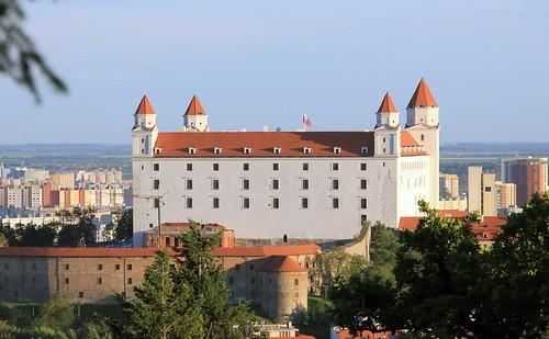 El castillo ahora blanco