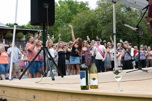 Black Walnut Winery (088) - Backstage View
