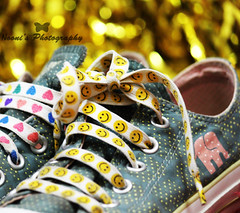 My first BOKEH <3 ( Nooni ) Tags: pink elephant black colors yellow hearts shoes converse allstar lightgreen chucktaylor smileyface