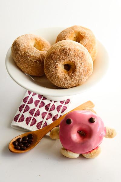 baked_cinnamon_doughnuts