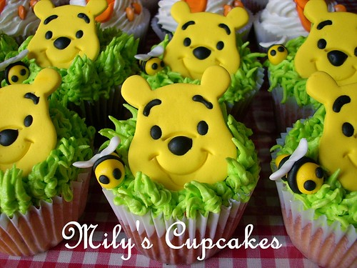 Winnie Pooh and Tigger Cupcakes