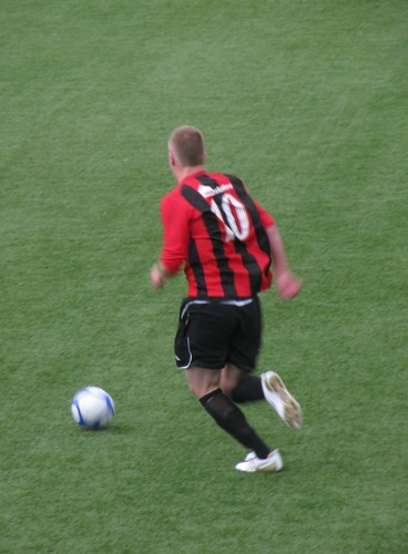 Jordan Owens pre season friendly 2010