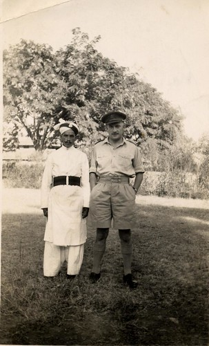 """Me with my servant Ramazan"" 20th Oct 1943."