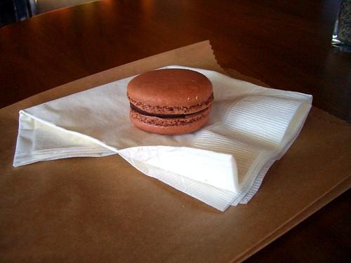 Tiato hazelnut macaron