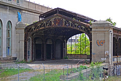 Michigan Central Station Side Yard (stormdog42) Tags: michigan detroit neoclassical 1913 beauxarts michigancentralstation nrhp