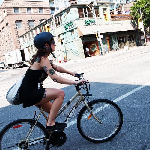 Cyclist near Crocodile Rock, Adelaide Street