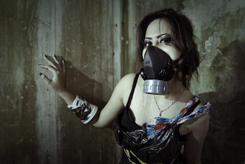 フリー写真素材, 人物, 女性, アジア女性, ガスマスク,